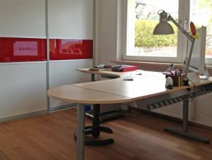 53 2013_04_05 Naumann Schreibtisch